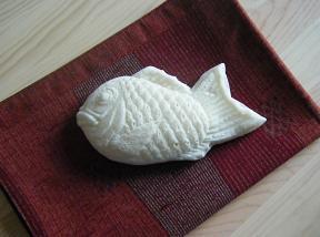 ホワイト鯛焼き.jpg